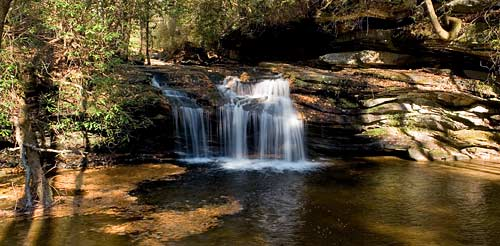 waterfalls in table rock state park south carolina
